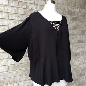 NWT Mossimo Supply Co Top Bell Sleeve Blouse XXL🌸